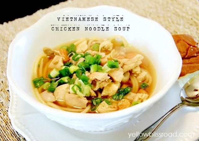 Vietnamense Style Chicken Noodle Soup