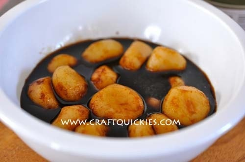 A bowl of Water Chestnuts