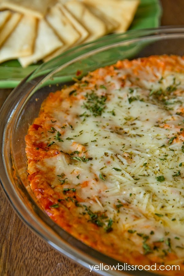 A bowl of pizza dip