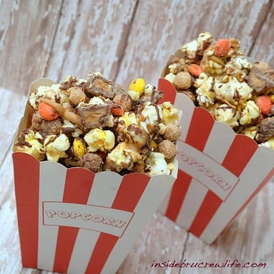 Popcorn containers with Reeses popcorn