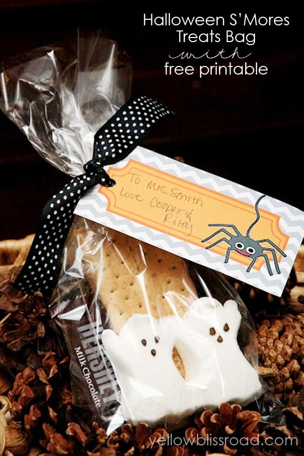 Halloween Smores treat bag with free printable