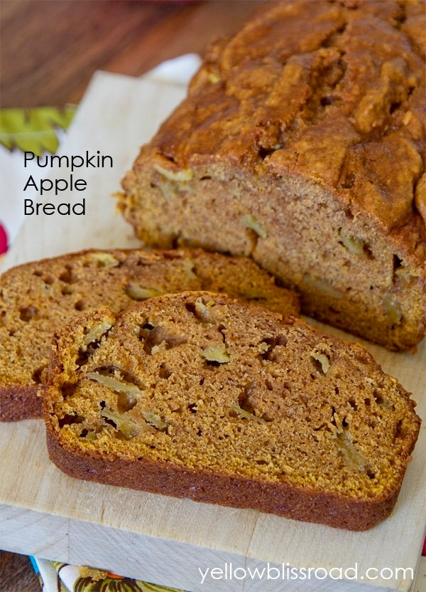 Pumpkin Apple Bread title