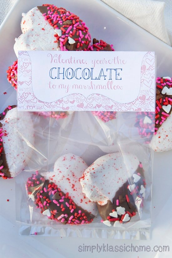 Close up of Valentine\'s treat bags filled with cookies