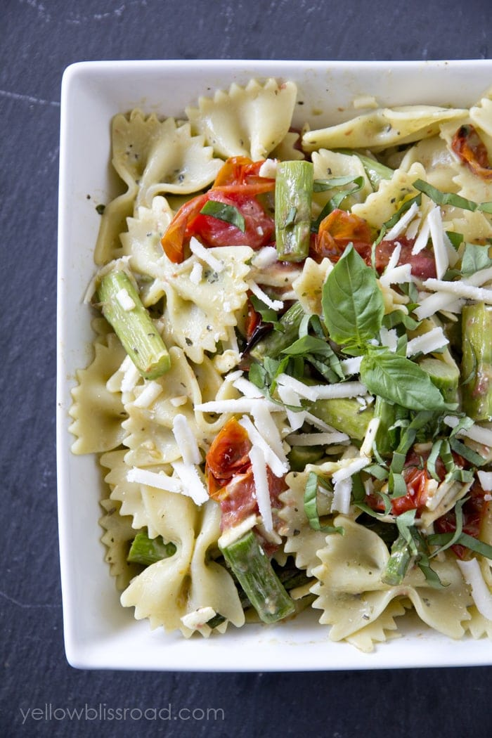 Parmesan Pesto Pasta Salad with Roasted Tomatoes and Asparagus