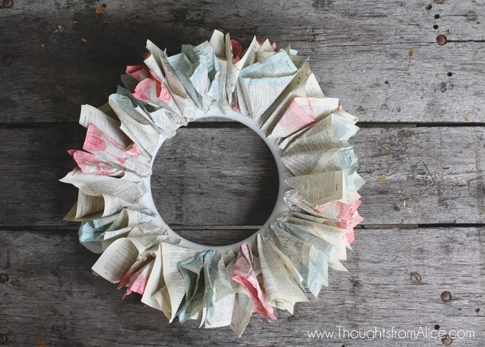 Patriotic-Vintage-Book-Page-Wreath-9