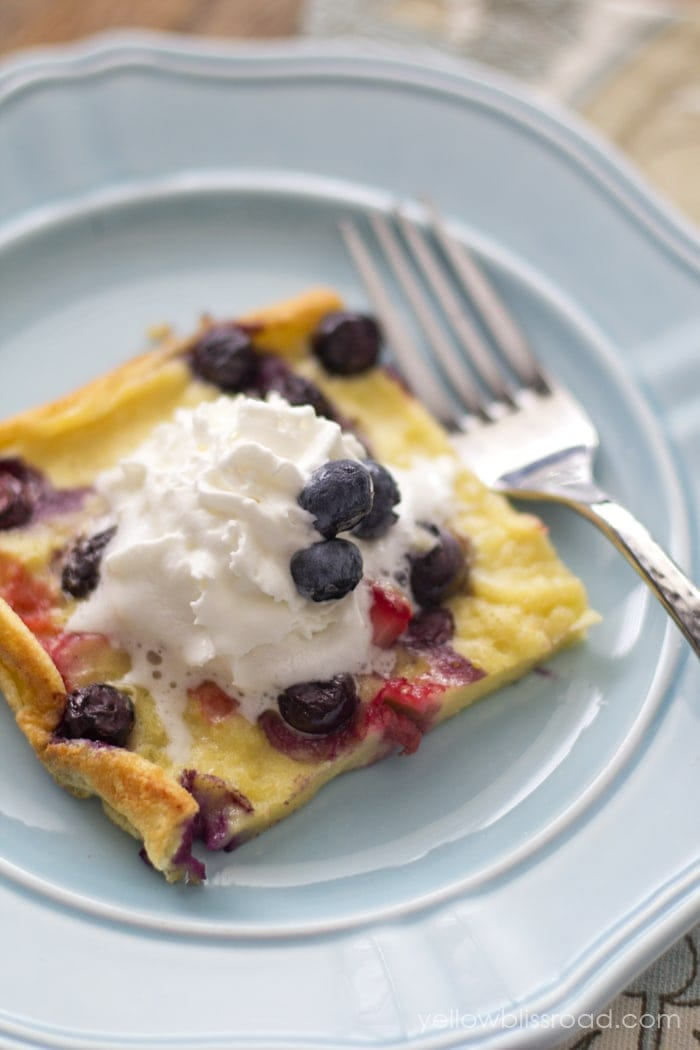 Mixed Berry Oven Pancake