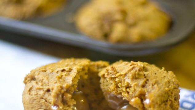 3 Ingredient Caramel Stuffed Spiced Pumpkin Muffins