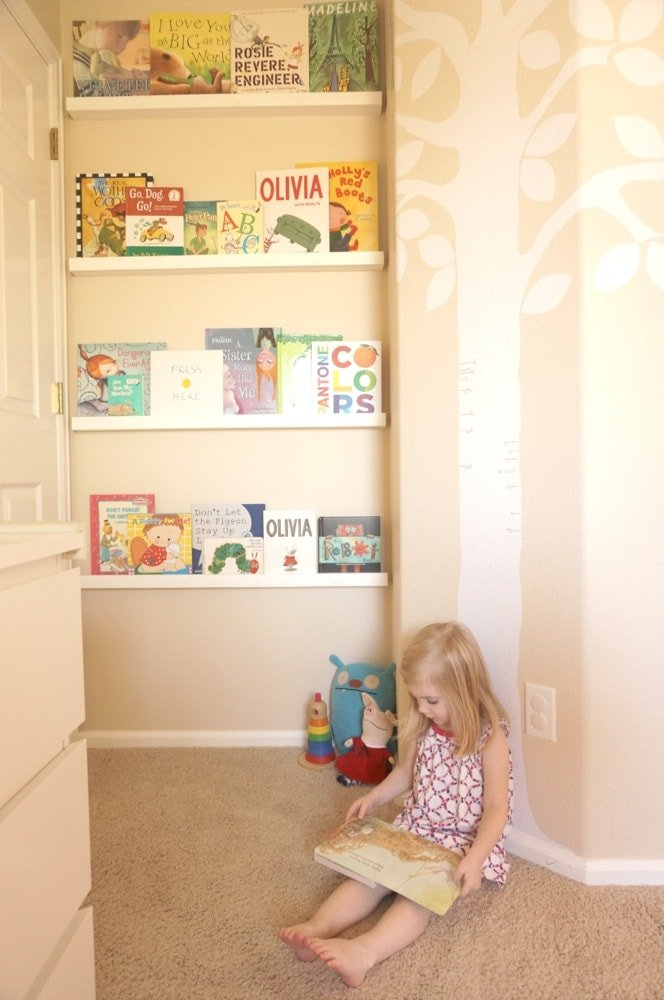 Space-Saver Bookshelf - 07