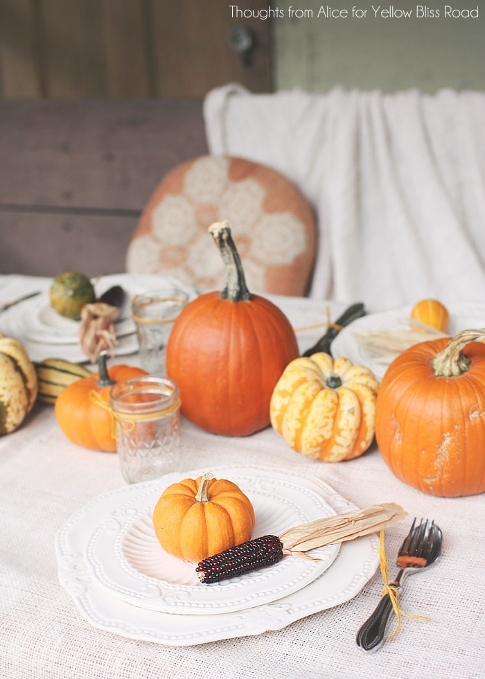 Thanksgiving Table Ideas for Outdoors