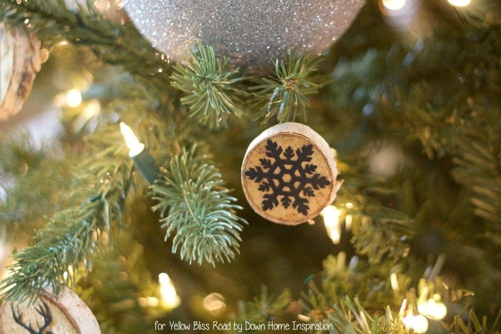 wood-slice-ornaments-6