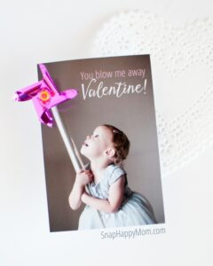 Blow Me Away, Valentine! - Pinwheel Photo Valentines on SnapHappyMom.com