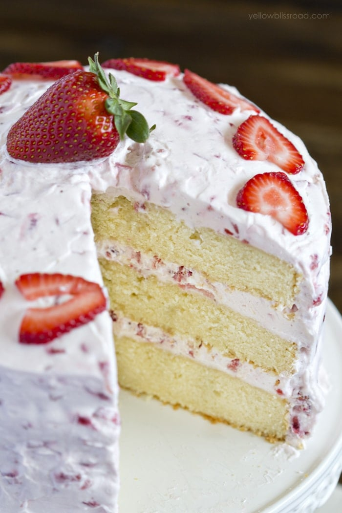 Strawberry Pound Cake Recipe With Fresh Strawberries