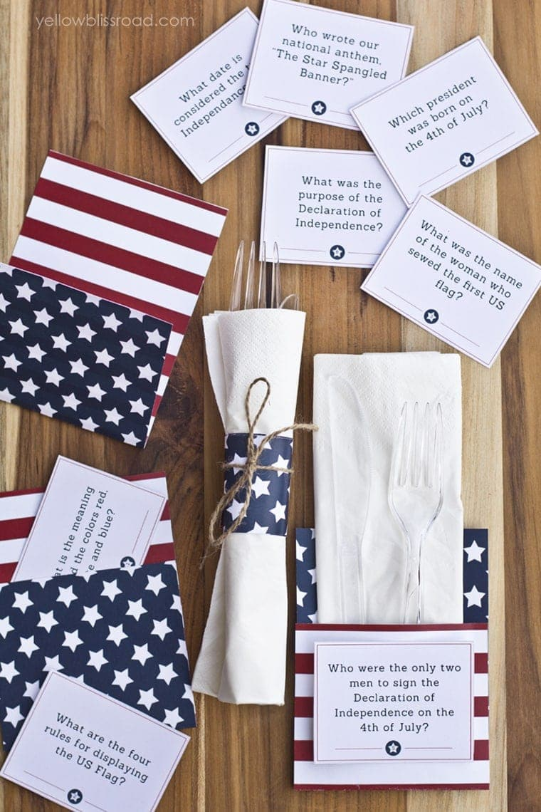 4th of July printables - Trivia cards and Utensil holders2