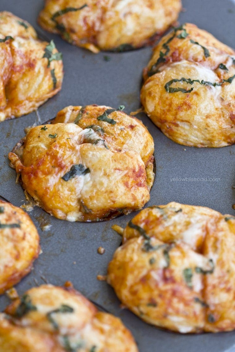 Pizza Pull Apart Muffins 2