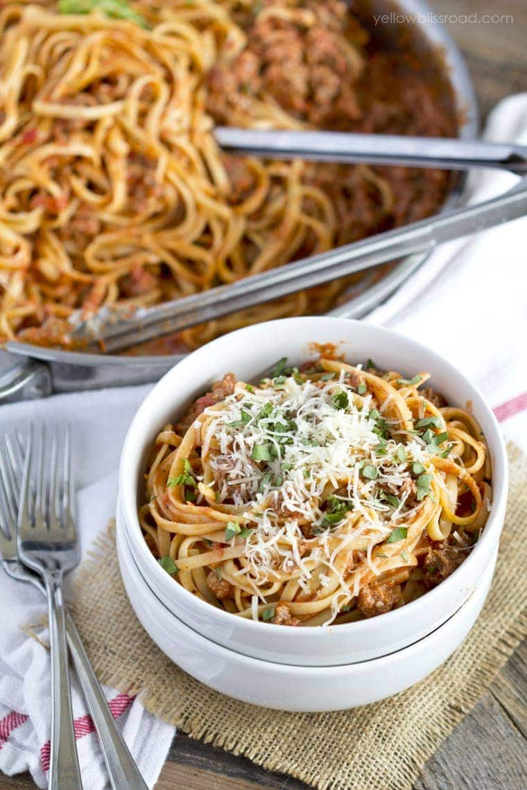 Easy Weeknight Spaghetti with Meat Sauce - Yellow Bliss Road
