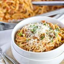 A bowl of Linguine and Sauce