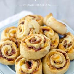 Social media image of bacon & cheddar pinwheels