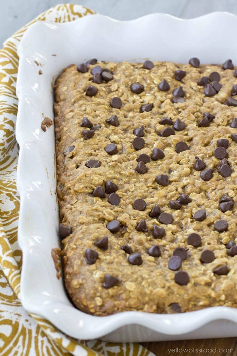 Pumpkin Oatmeal Chocolate Chip Bars - Yellow Bliss Road