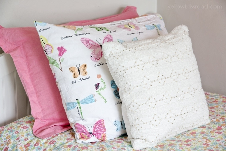 Sweet little girl's room makeover - what little princess wouldn't love this??