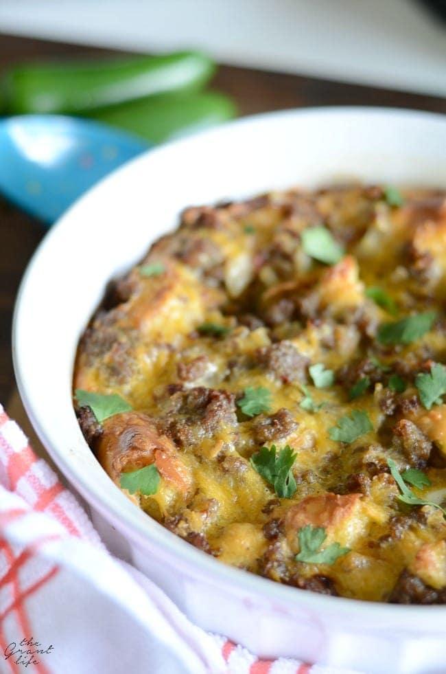 Easy Mexican breakfast casserole recipe