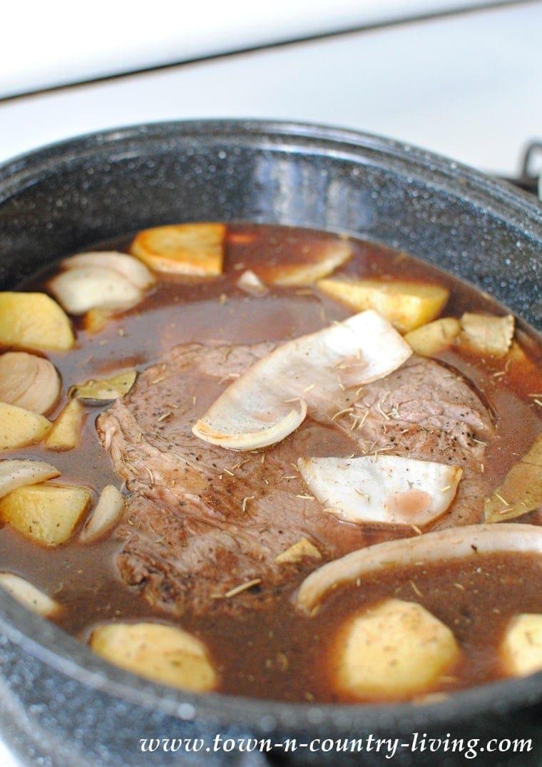 Old Fashioned Pot Roast Yellowblissroad Com