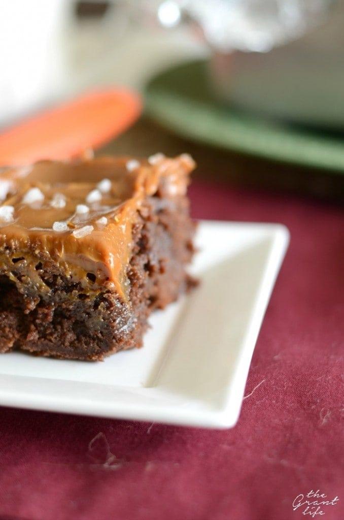 Yummy-salted-caramel-brownie-recipe-