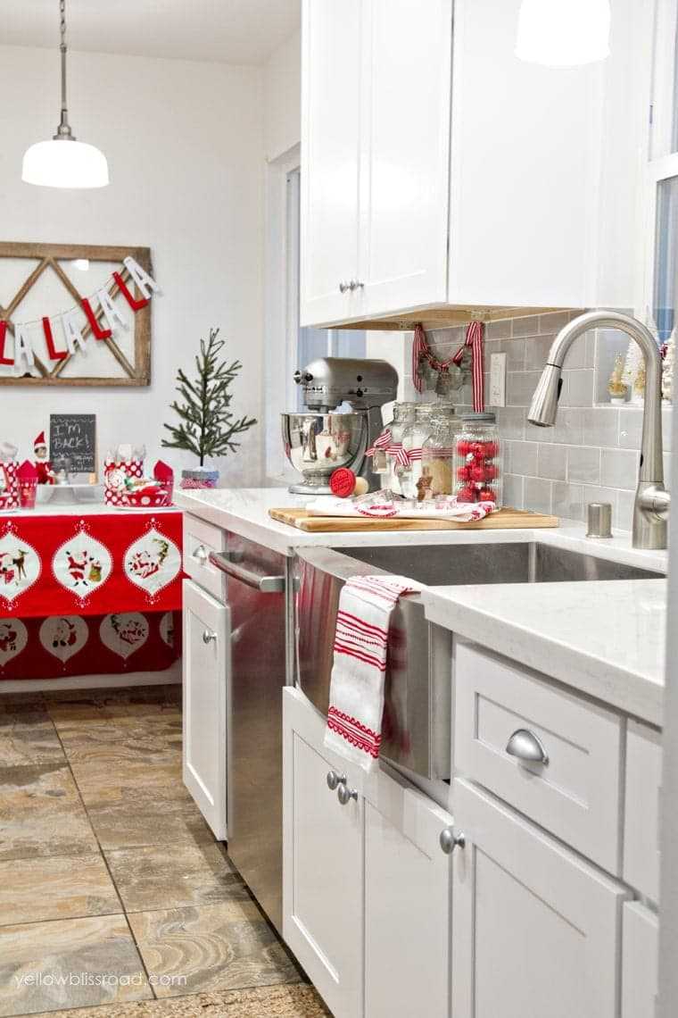 christmas decor until last year after completing a complete remodel of the space its now filled with beautiful whites and grays that create the - Christmas Kitchen Decor
