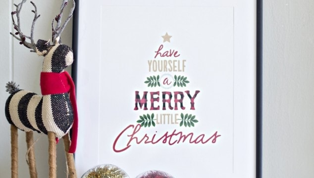 Have Yourself a Merry Little Christmas Rustic Sign (Free Printable)