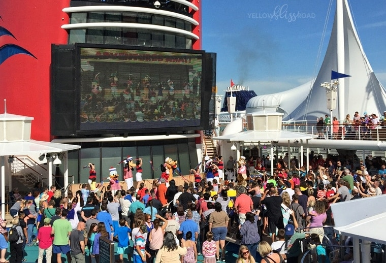 Disney Cruise Line Tips & Tricks Castaway Party