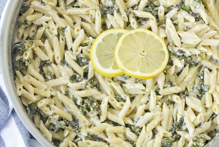 One Pan Lemon, Ricotta and Kale Pasta