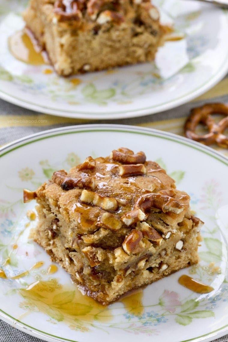 Salted Caramel Pretzel Blondies 4