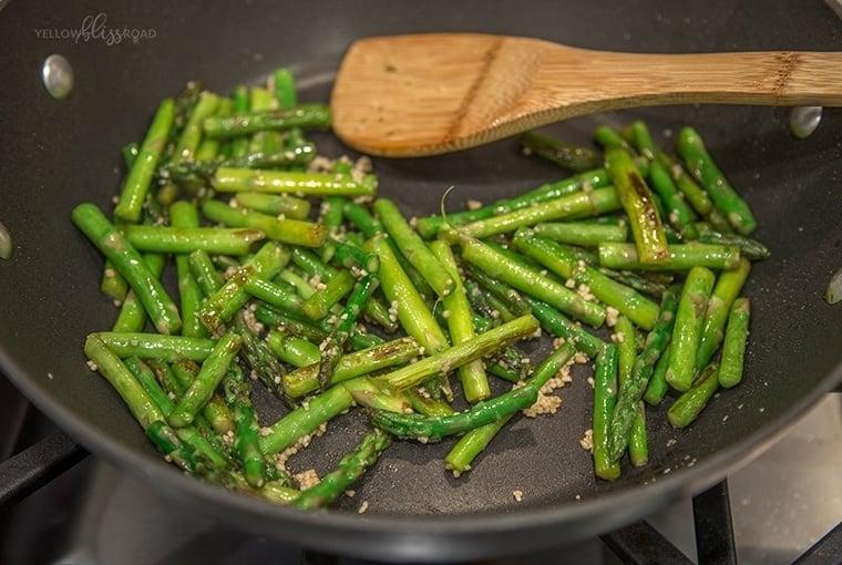 Chicken & Asparagus Stir Fry 1