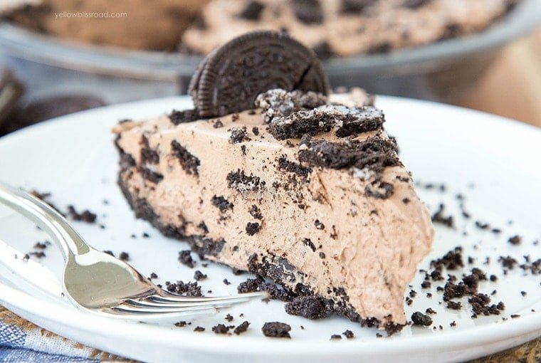 No Bake Chocolate Oreo Cheesecake with a homemade Oreo Crust