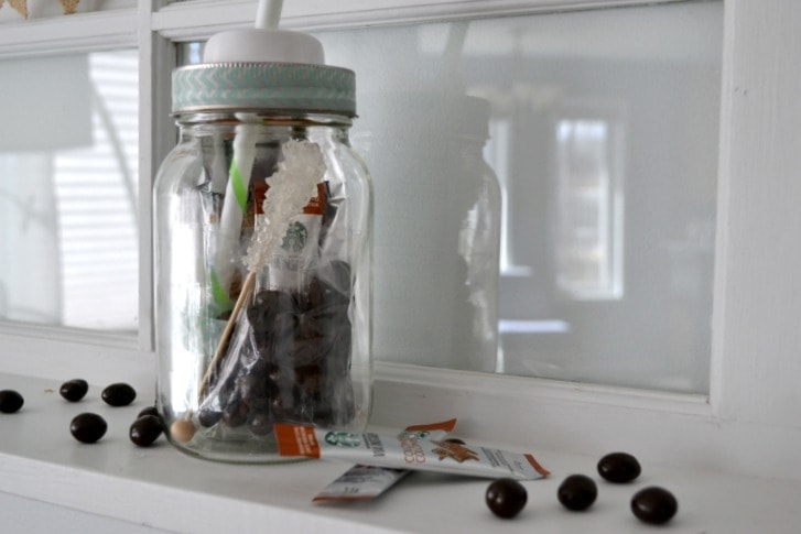 This fun and easy jar is the perfect Mother's Day gift for the coffee loving mom!