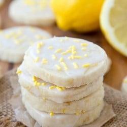 A close up of Lemon Cookies