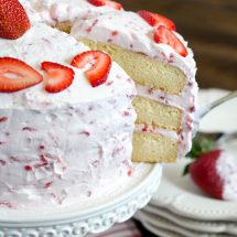 Fresh Strawberry Cake Recipe