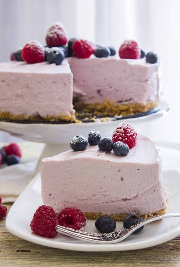 berry-greek-yogurt-pie-an italian in my kitchen