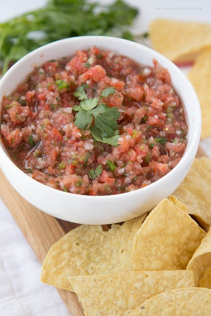Easy Fresh Salsa 5
