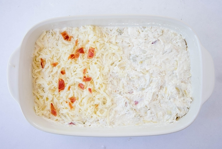 Creamy Artichoke & Chicken Dip - Super creamy and cheesy dip that's perfect as an appetizer or snack for parties or tailgating!