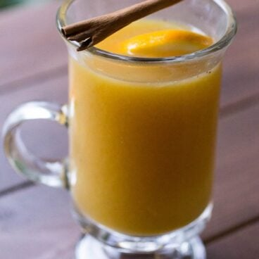 A glass of hot apple cider