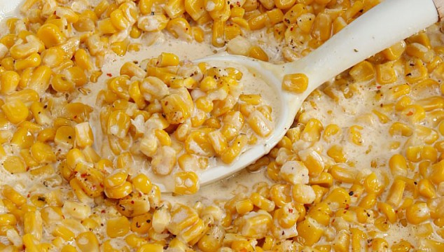 Slow Cooker Creamy Corn