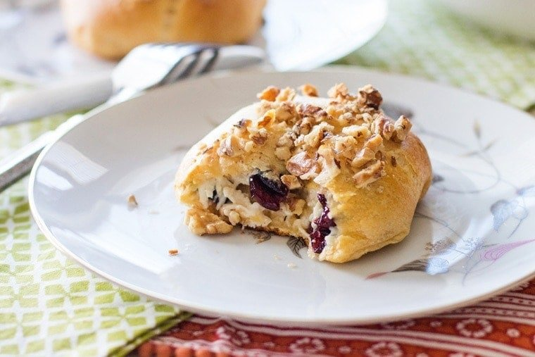 Cranberry Chicken Puffs