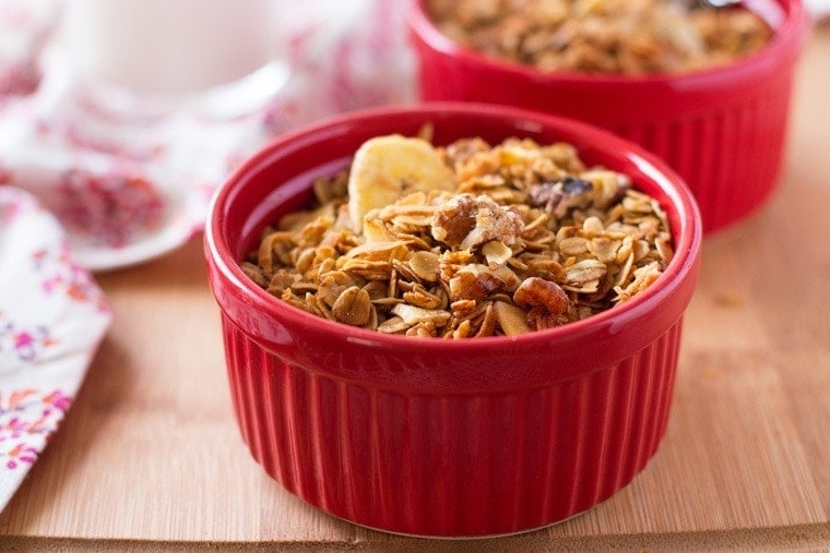 Banana Crunch Granola. Tastes just like banana bread! This healthy breakfast recipe is full of fiber, with half the sugar of regular granola!