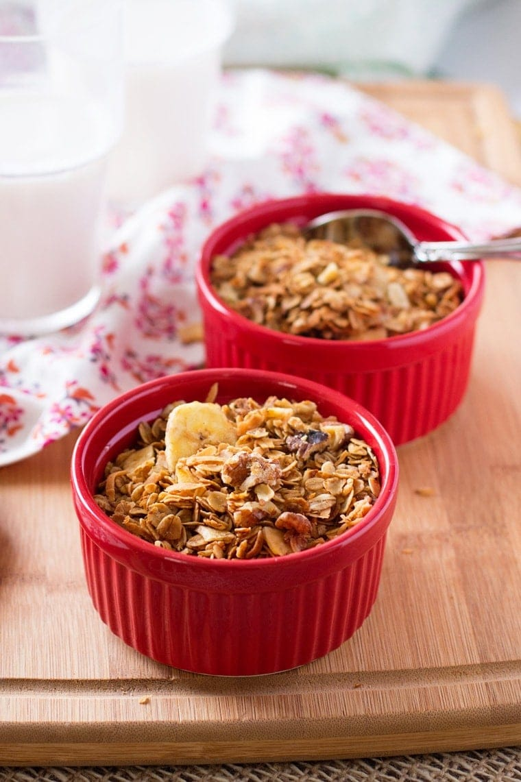 Banana Crunch Granola. Tastes just like banana bread! Get a healthy breakfast full of fiber, with half the sugar of regular granola!