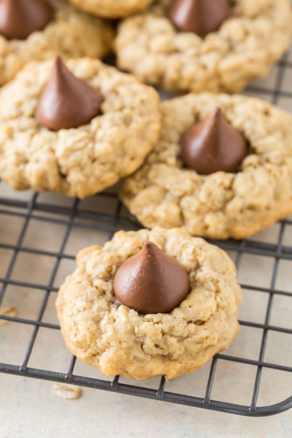 oatmeal cookies, black wire rack, hershey kisses