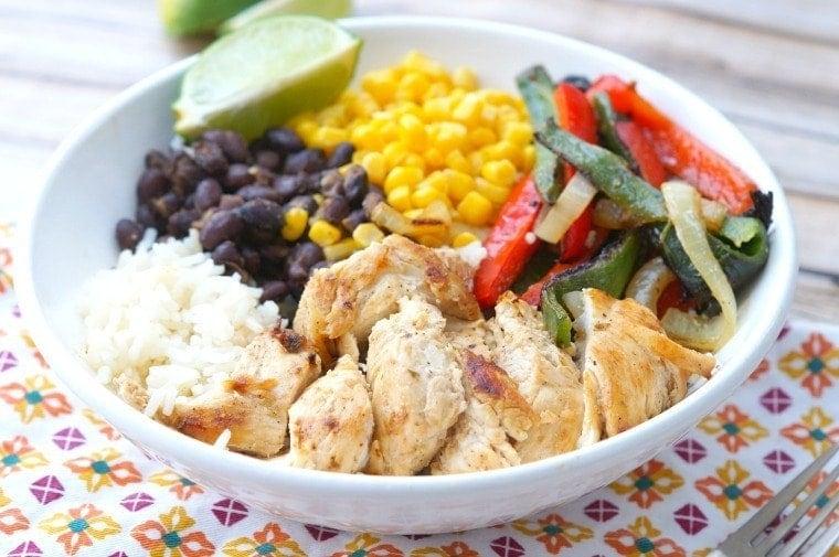 Healthy Chicken Fajita Bowls with Rice