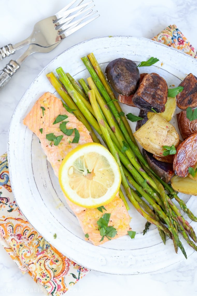 This Salmon, Asparagus & Potatoes Sheet Pan Dinner is a delicious one pan meal that saves valuable time in the kitchen - it's a delicious, easy weeknight meal!