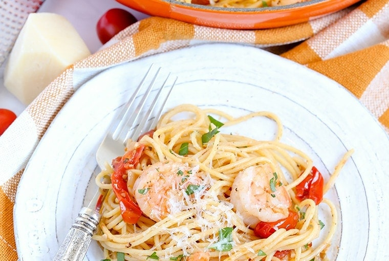 Garlic Shrimp & Tomato Spaghetti
