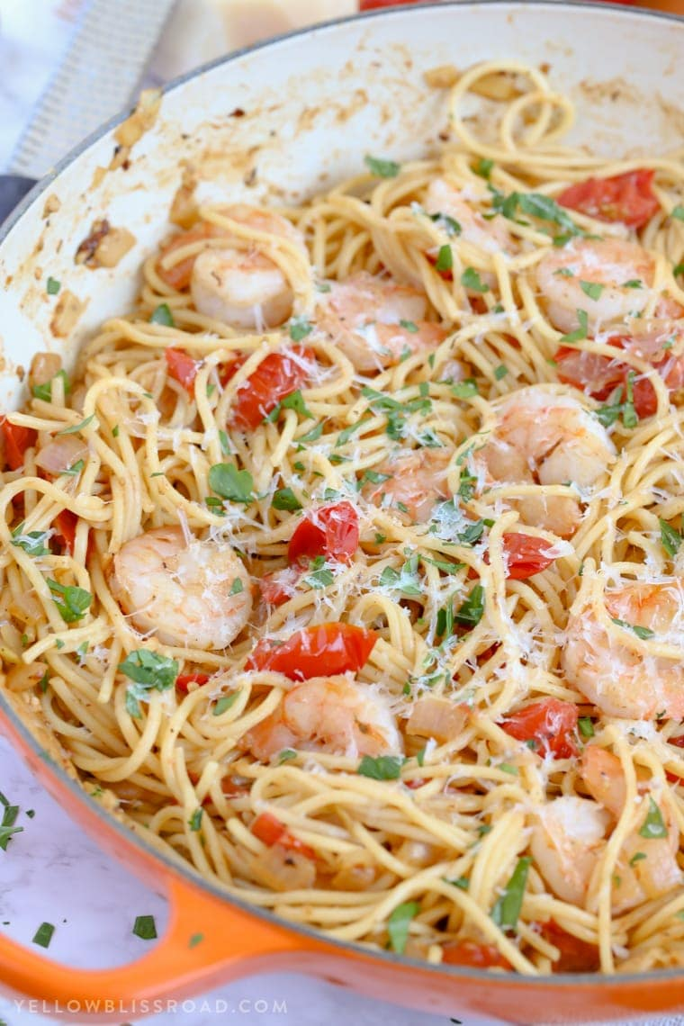 Garlic Shrimp and Tomato Spaghetti close up