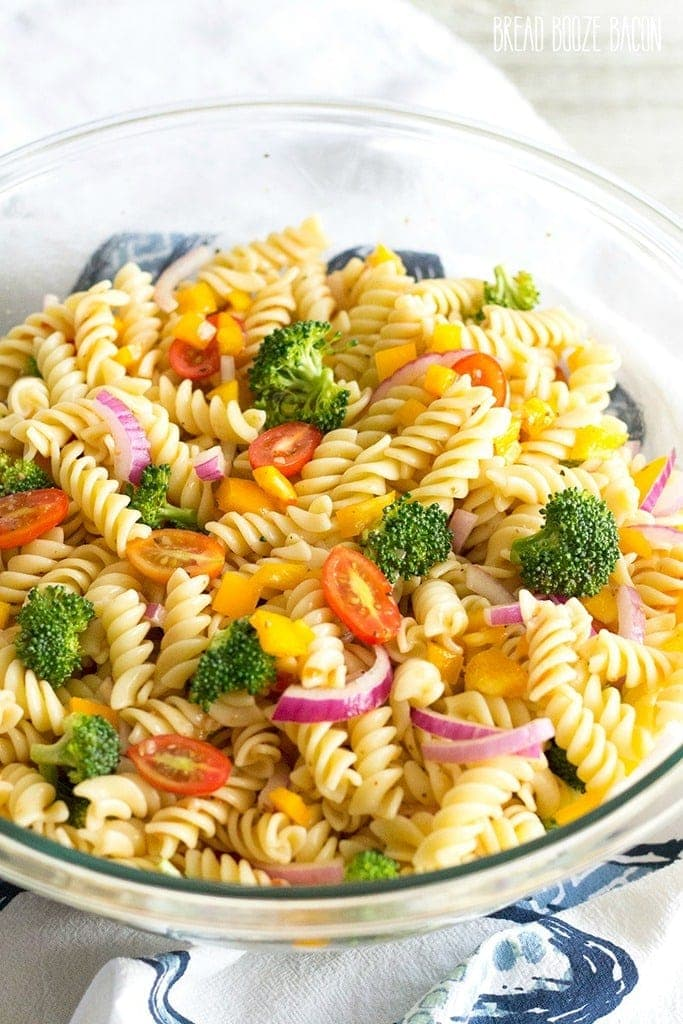 Easy Vegetable Pasta Salad with Italian Dressing ...